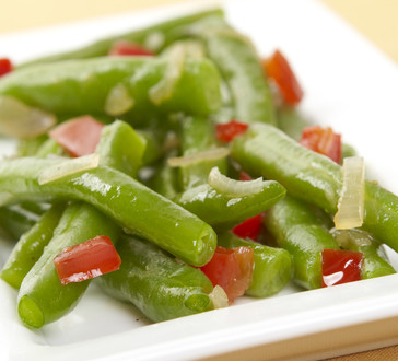 Green Beans with Shallots and Red Peppers | Giant Food