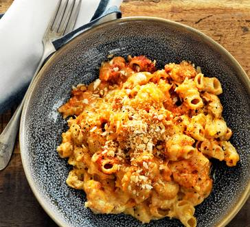 Creamy Tomato Mac and Cheese image