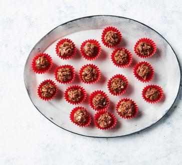 No-Bake Peanut Butter-Chocolate Oatmeal Cookies image