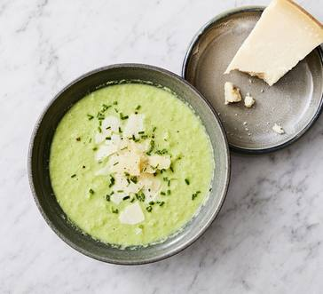 Cauliflower-Leek Soup image
