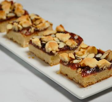 Raspberry Shortbread Bars image