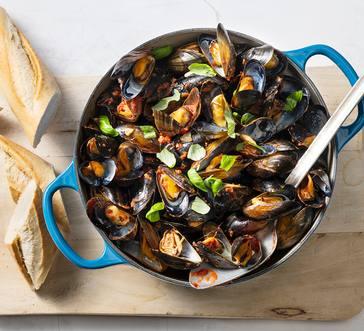 Mussels Marinara image