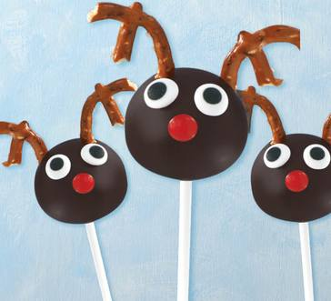 OREO Reindeer Cookie Ball Pops image