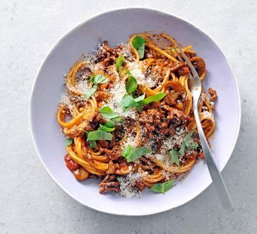 One-Pot Spaghetti with Meat and Mushroom Ragu image