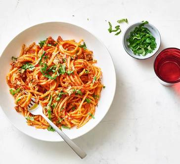Linguine with Red Clam Sauce image
