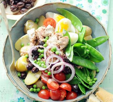 Potato Salad with Tuna, Cherry Tomatoes and Peas image