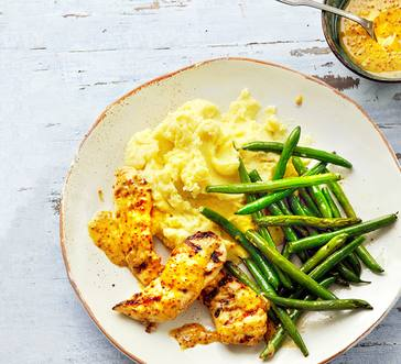 Chicken Tenders with Potatoes and Green Beans image