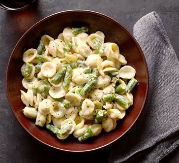 Creamy Orecchiette and Green Beans image
