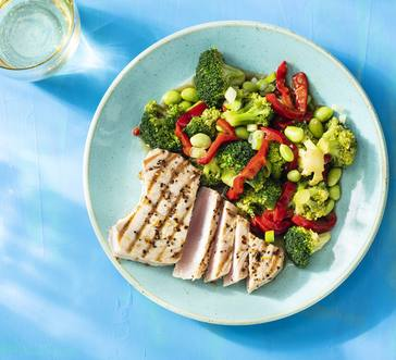 Grilled Tuna with Edamame-Broccoli Salad image