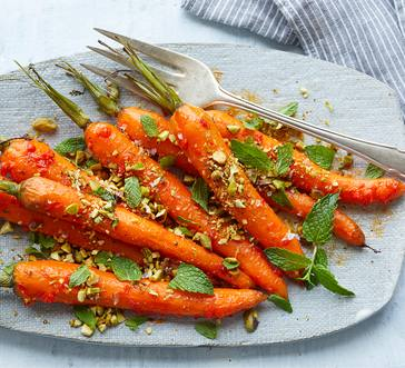 Harissa-Roasted Carrots with Mint image
