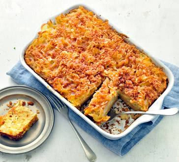 Noodle Kugel with Cinnamon-Cracker Topping image
