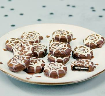 Spiderweb Cookies image