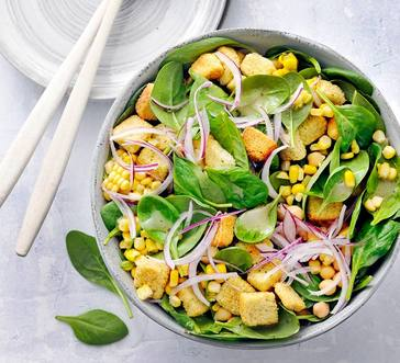 Spinach Salad with Chickpeas image