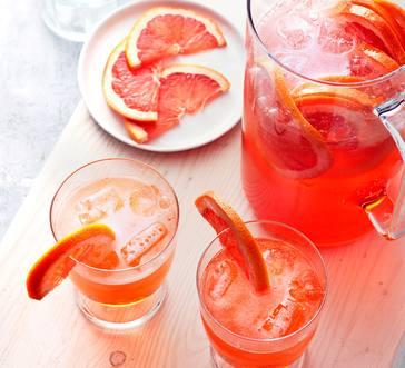 Grapefruit Aperol Spritz image