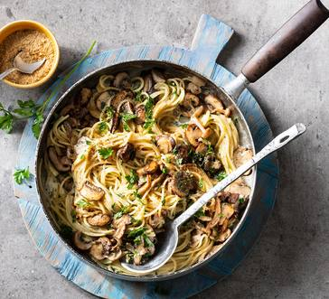 Creamy Spaghetti with Mushrooms image
