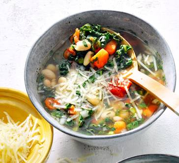 Tuscan-Style Bean and Veggie Soup image