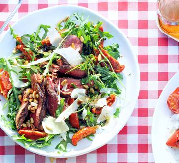 Steak Salad with Arugula and Sun-Dried Tomatoes image