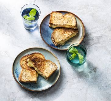Grilled Cheese with Apricot Jam image