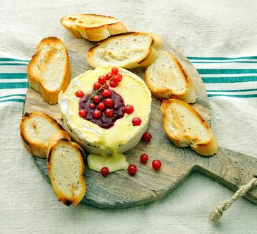Baked Camembert with Red Currants image