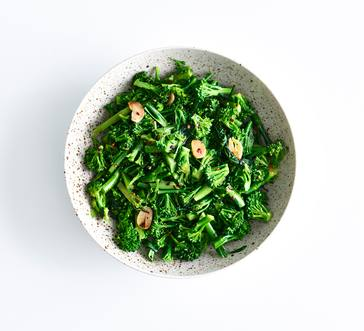 Broccoli Rabe with Red Pepper Flakes and Garlic image