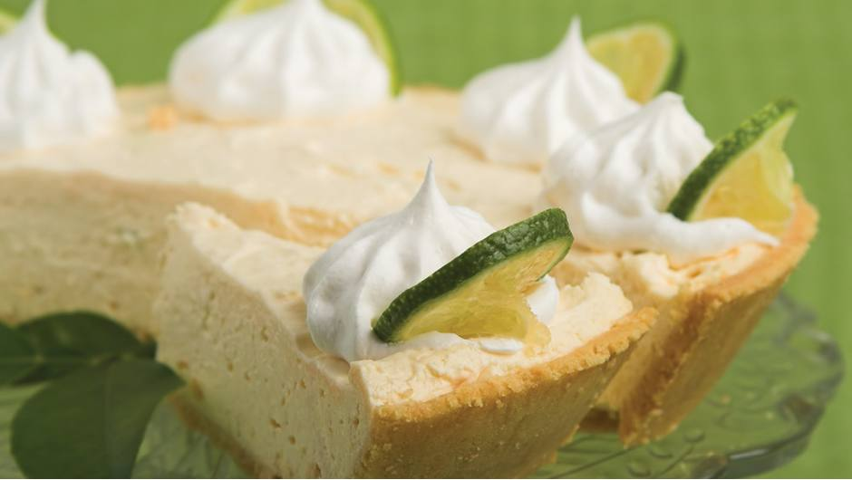 Easy Frozen Key Lime Pie | Giant Food Store