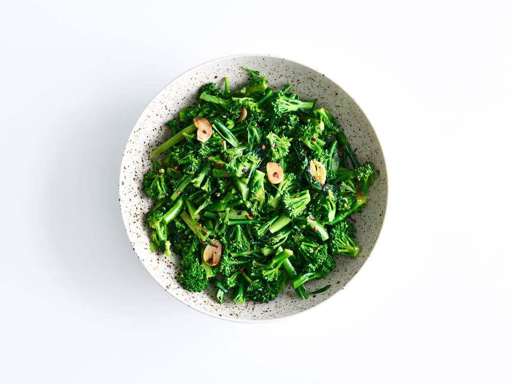 Broccoli Rabe with Red Pepper Flakes and Garlic