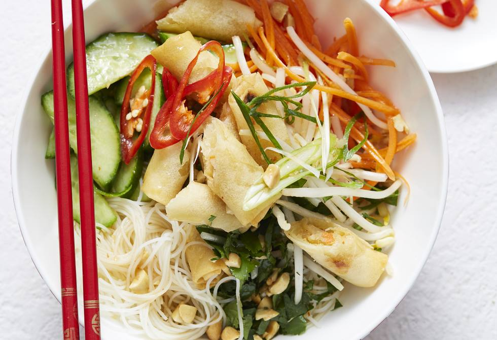 Asian noodle and spring roll salad