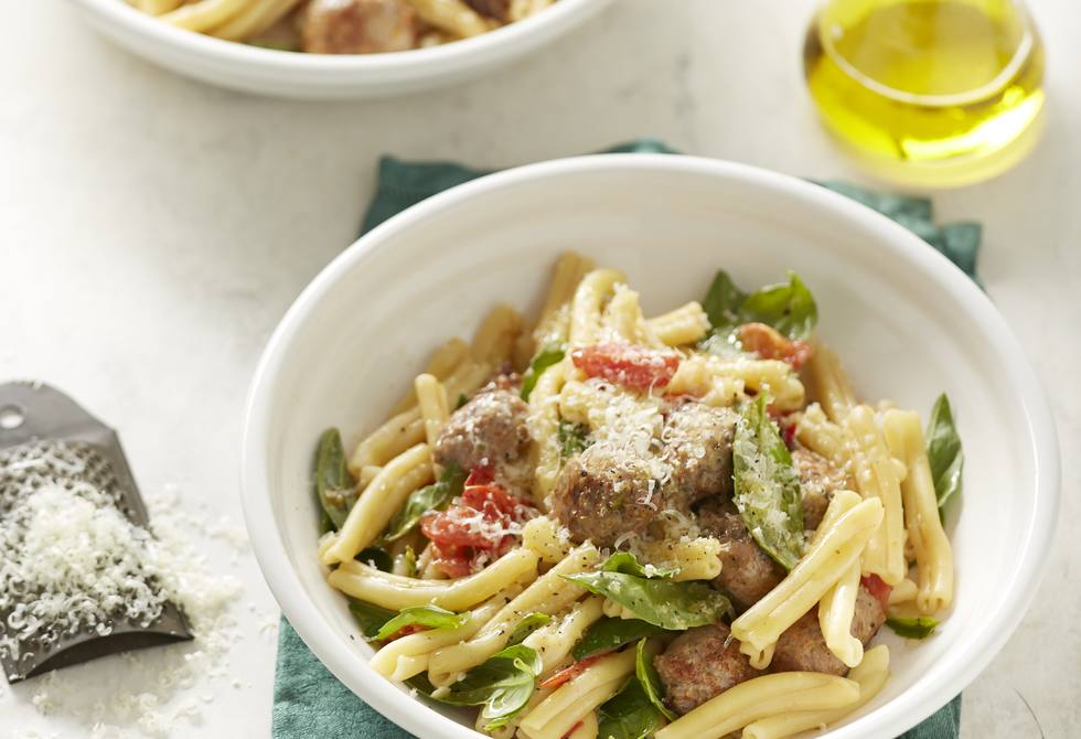 Sausage, basil and tomato pasta