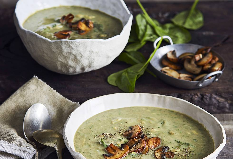 Mushroom, spinach and cheddar soup