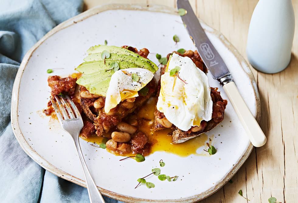Smoked baked beans with avocado & eggs