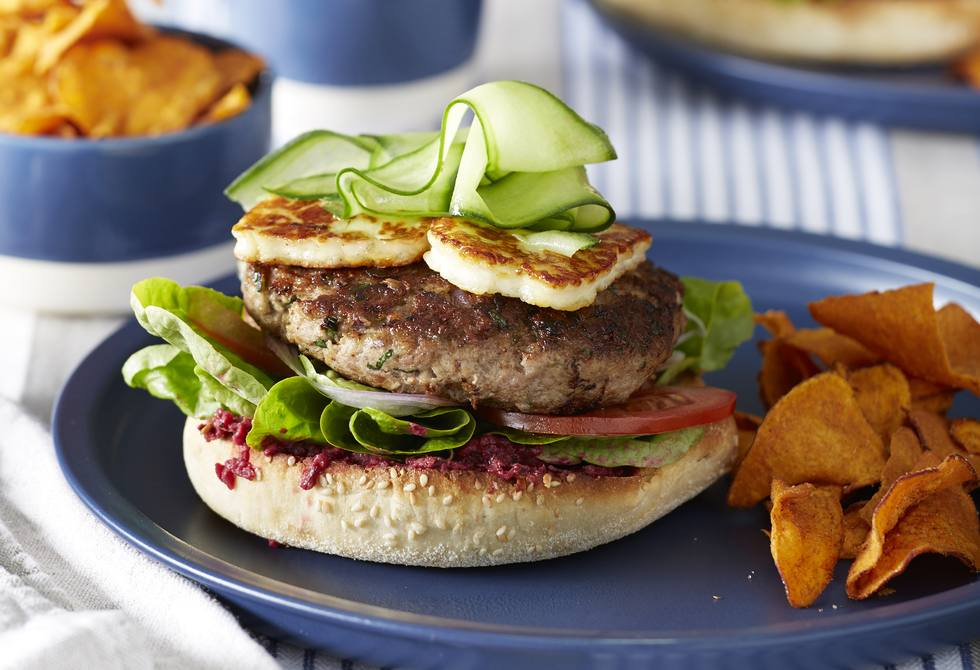 Greek lamb burgers with haloumi
