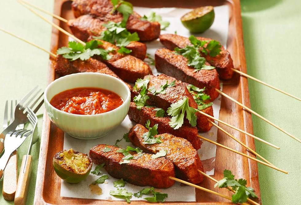 Mexican salmon skewers and lime with jalapeno salsa