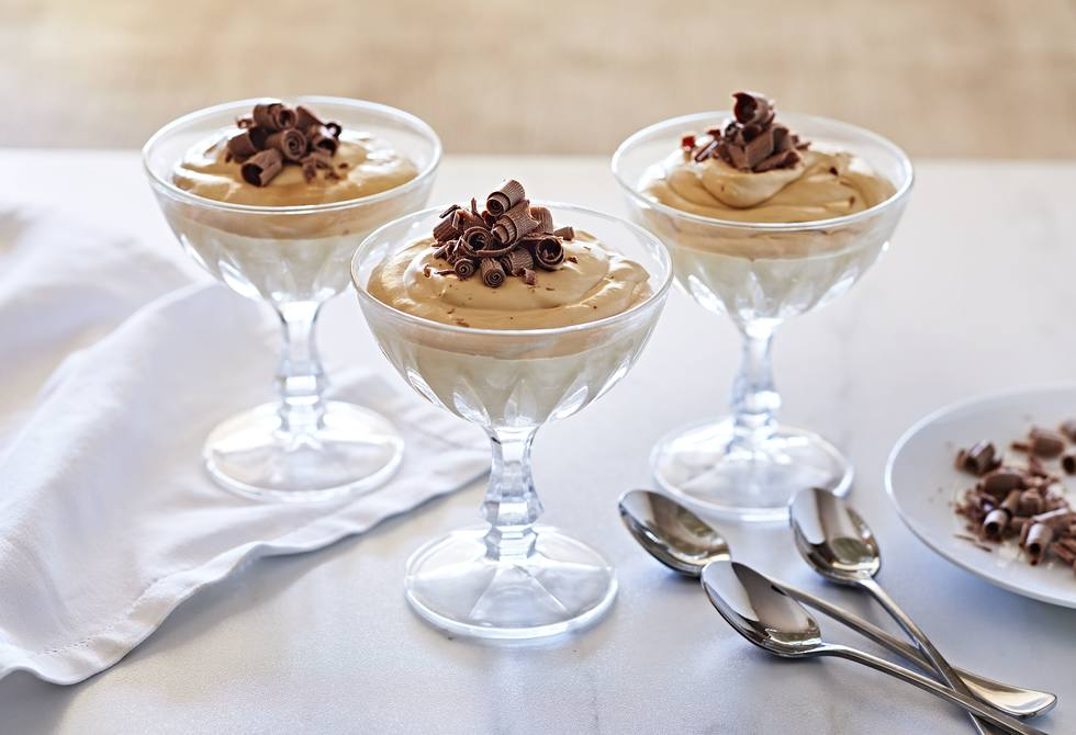 3-ingredient caramel cheesecake mousse