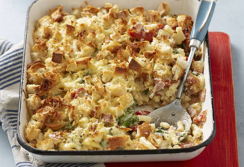 Semi-dried tomato and bacon macaroni cheese