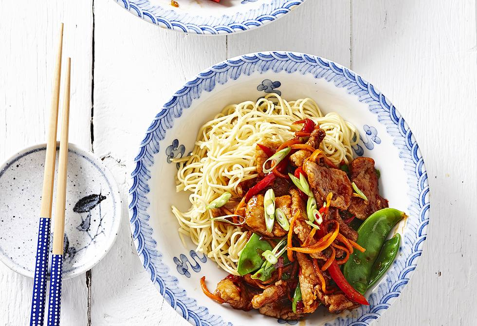 Chilli pork with noodles