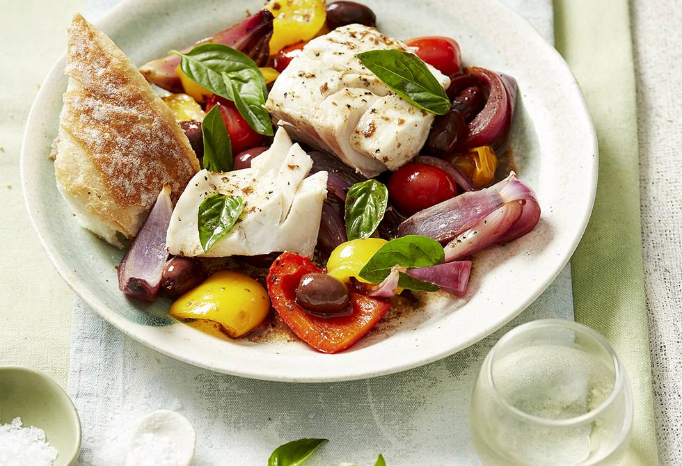 Baked fish with tomato, capsicum and olives