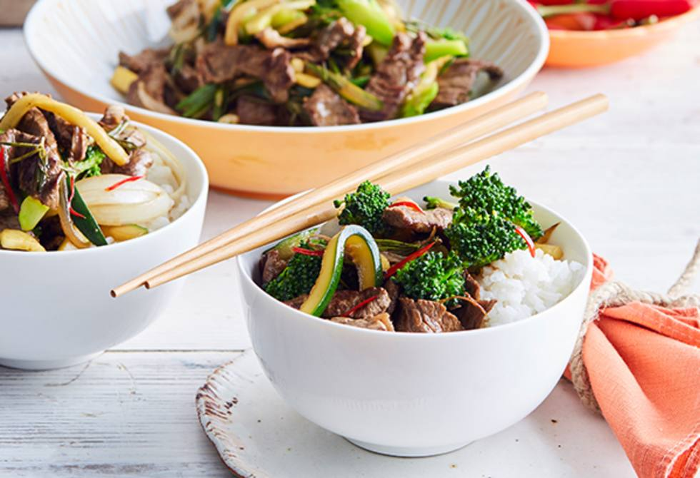 Stir-fried orange and chilli beef