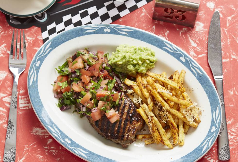 Californian steaks with salsa fresca and cheesy fries