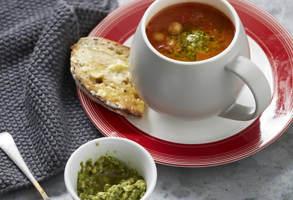 Rich tomato and chickpea soup