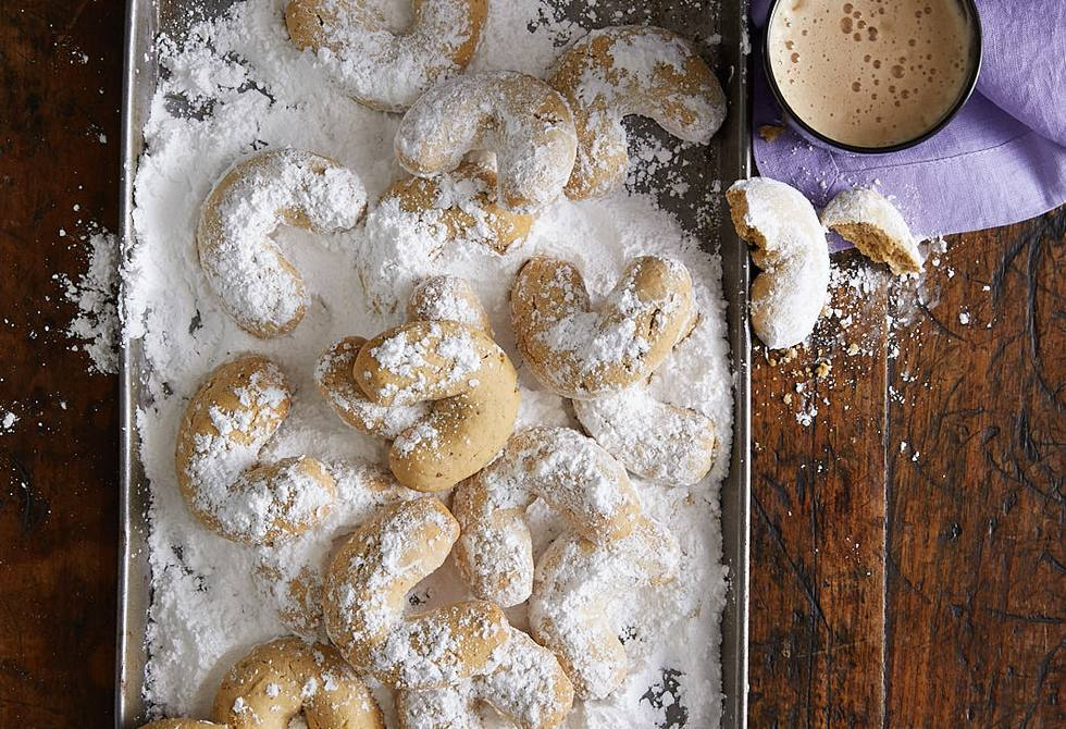 Coffee hazelnut crescents