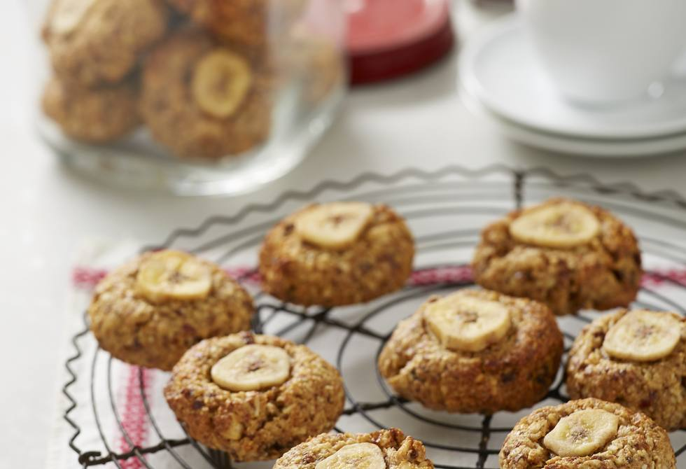Date, coconut and banana cookies