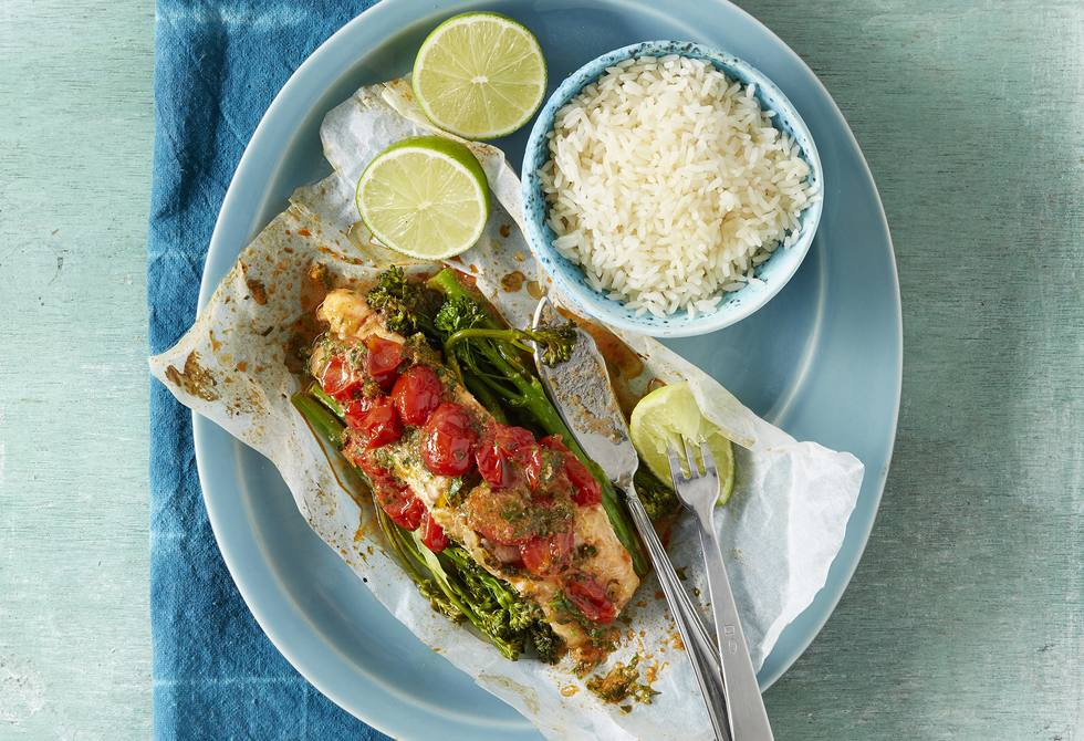 Red curry salmon parcels