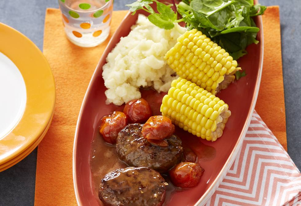 Barbecue beef rissoles with corn cobbettes