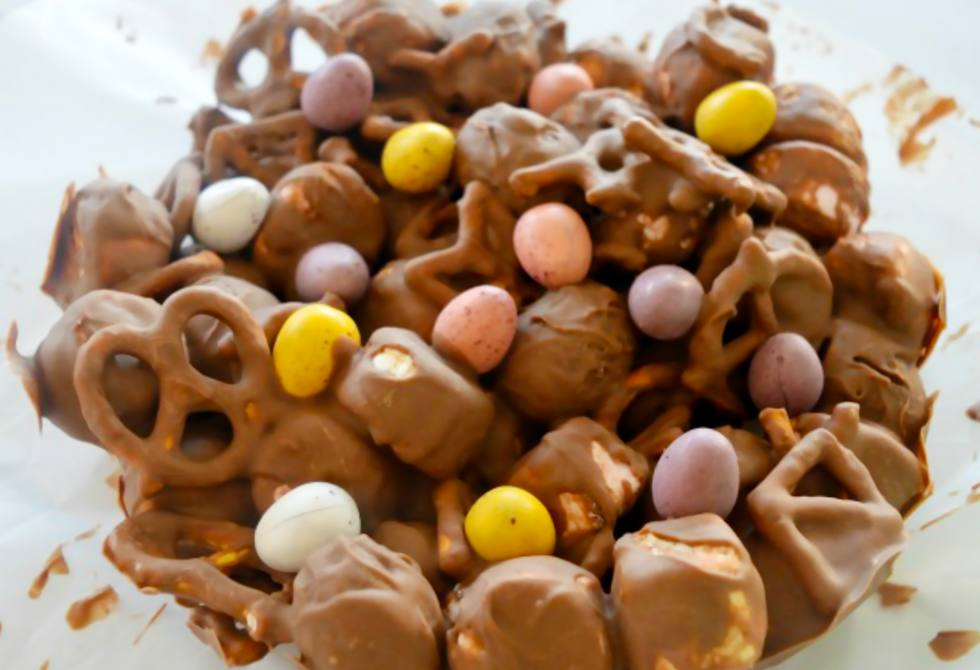 Caramel Easter egg rocky road