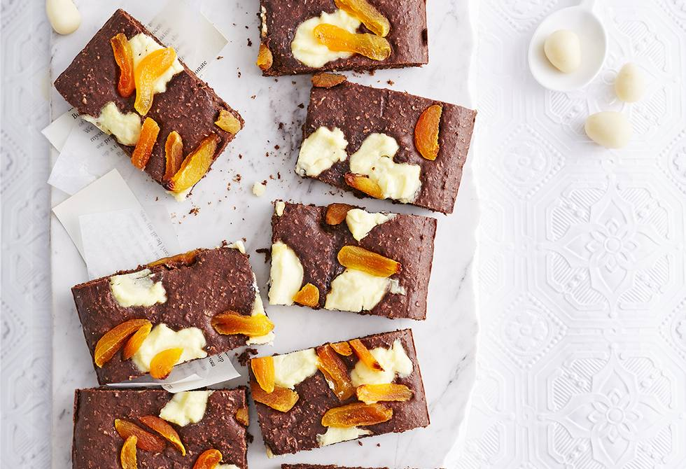 Chocolate, ricotta and apricot slice