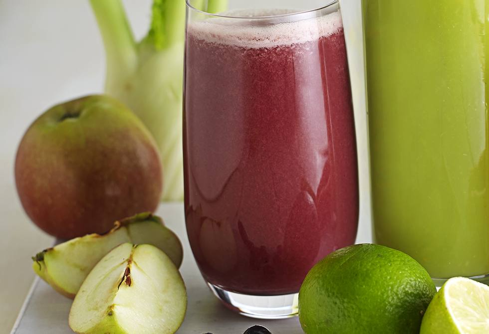 Fennel, blueberry and apple juice