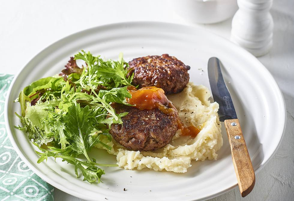Beef patties with mash