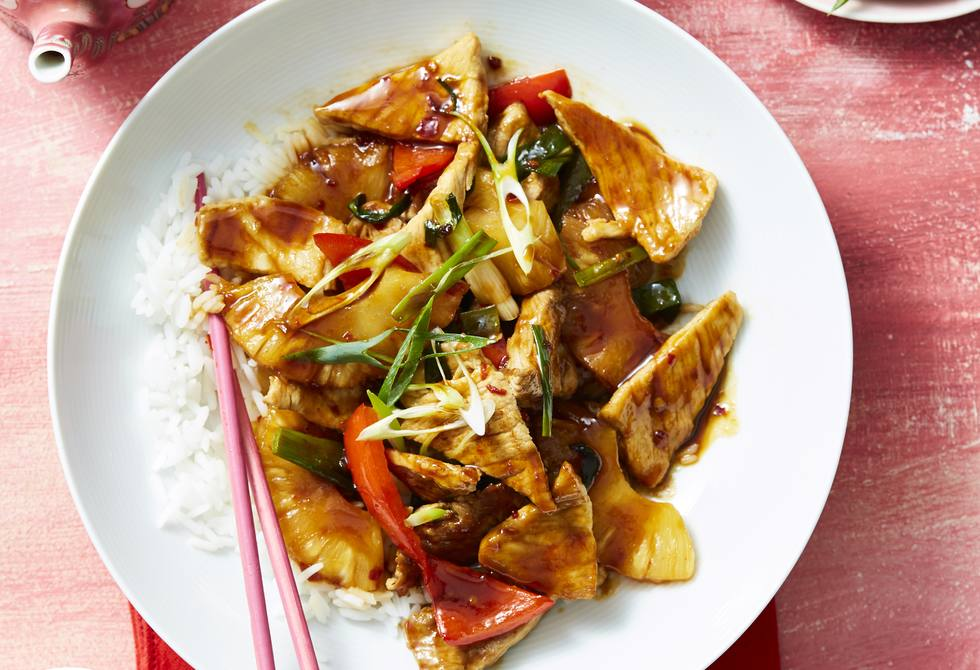 Chilli pork and pineapple stir-fry