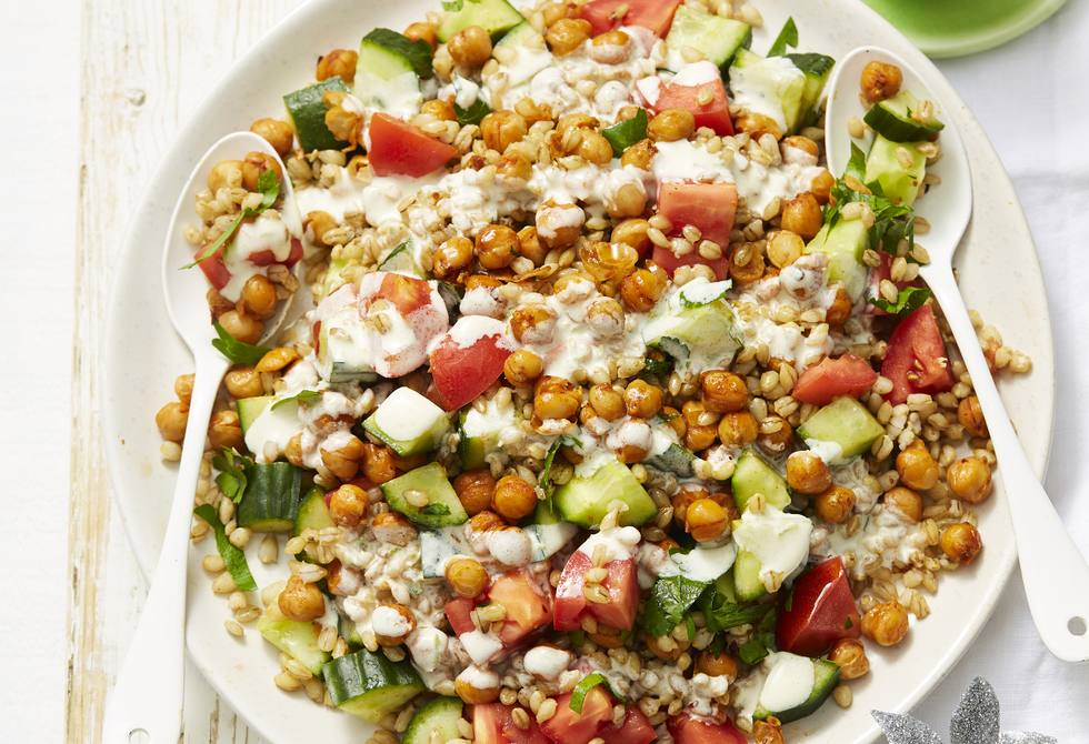 Pearl barley and spiced chickpea salad
