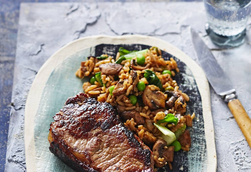 Teriyaki steaks with Asian rice